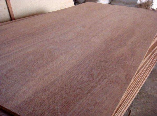 keruing plywood.jpg